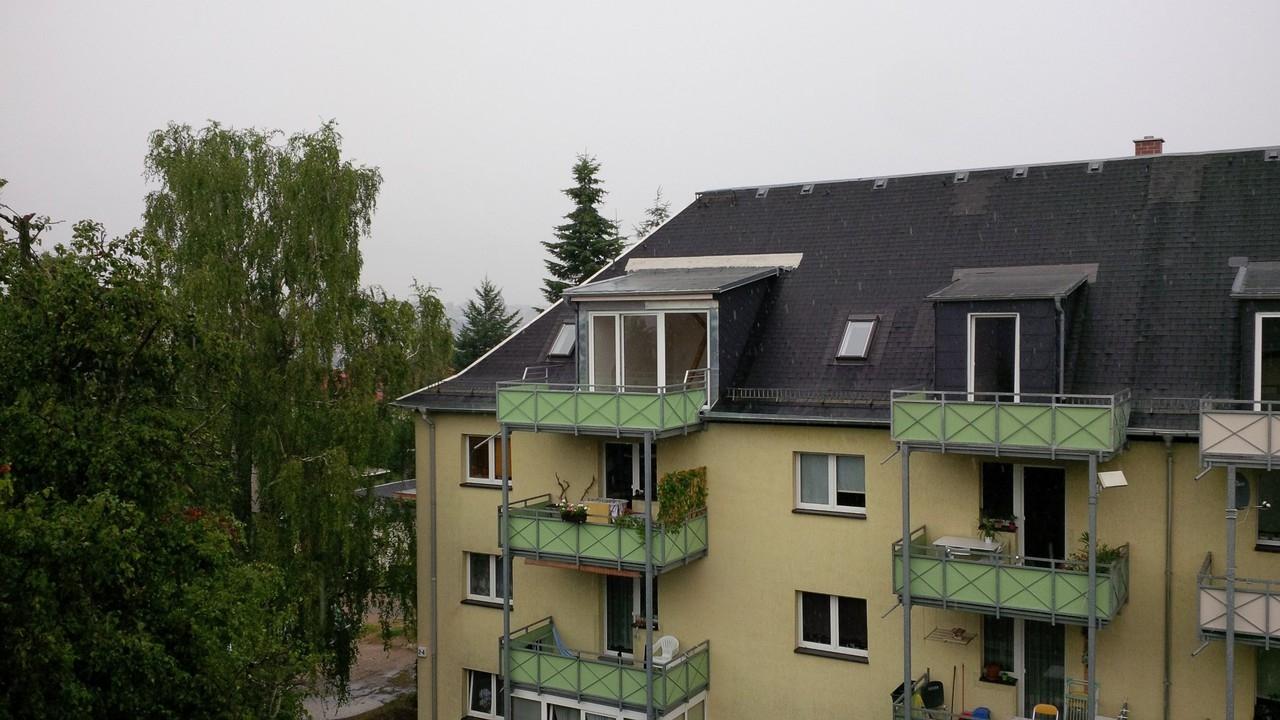 der rechte Balkon
